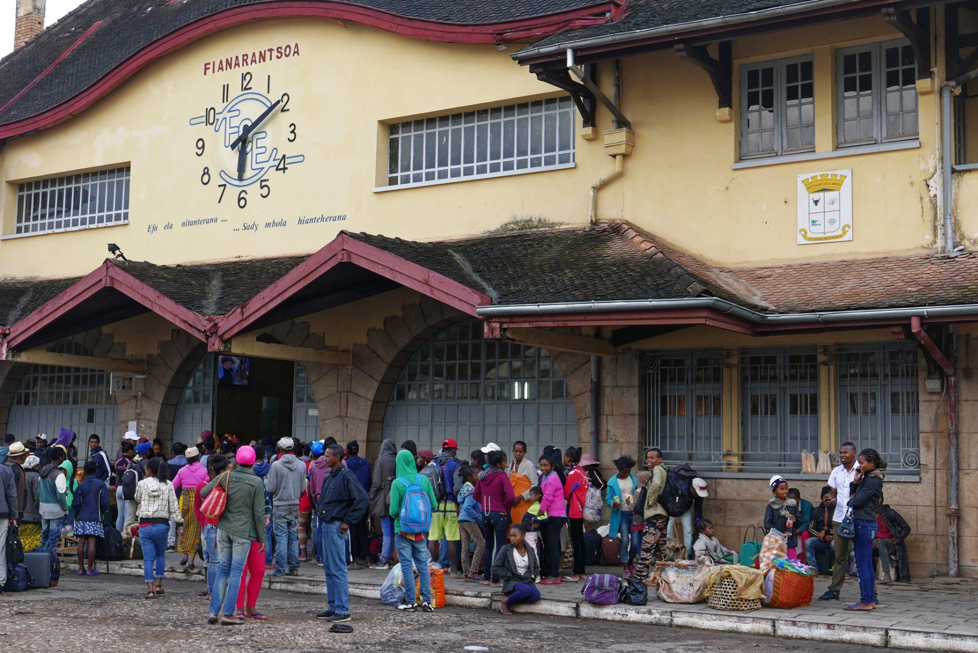 Le train de Fianarantsoa à Manakara: un voyage dépaysant